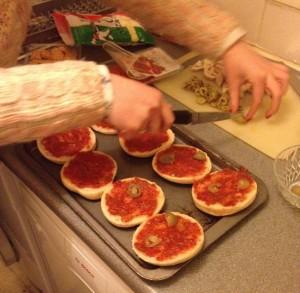 Girls Night In – Homemade Mini Pizzas
